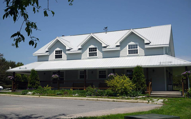 The outside of our veterinary hospital in Sydenham, Ontario