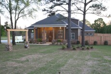The outside of our veterinary hospital in Prattville, AL